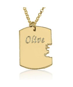 Personalized jewelry key engraved pendant